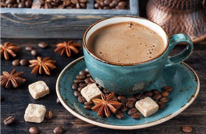Приготовление кофе с пряностями