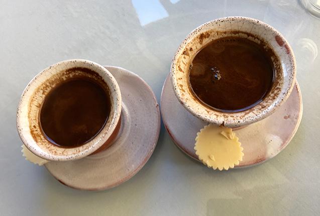Приготовление кофе с мускатным орехом