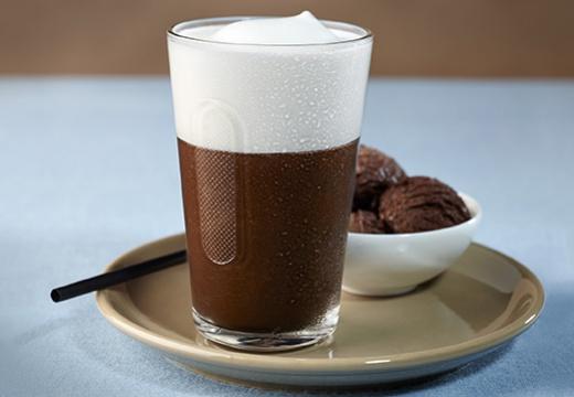 Приготовление кофе с шоколадом